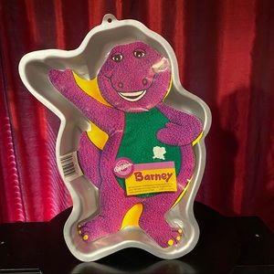 s* Barney Cake pan 1993 Wilton Pan Hard To Find, Barney Cake ,Barney, Barney Birthday Party, Cake Pan, Wilton Cake Pan,: